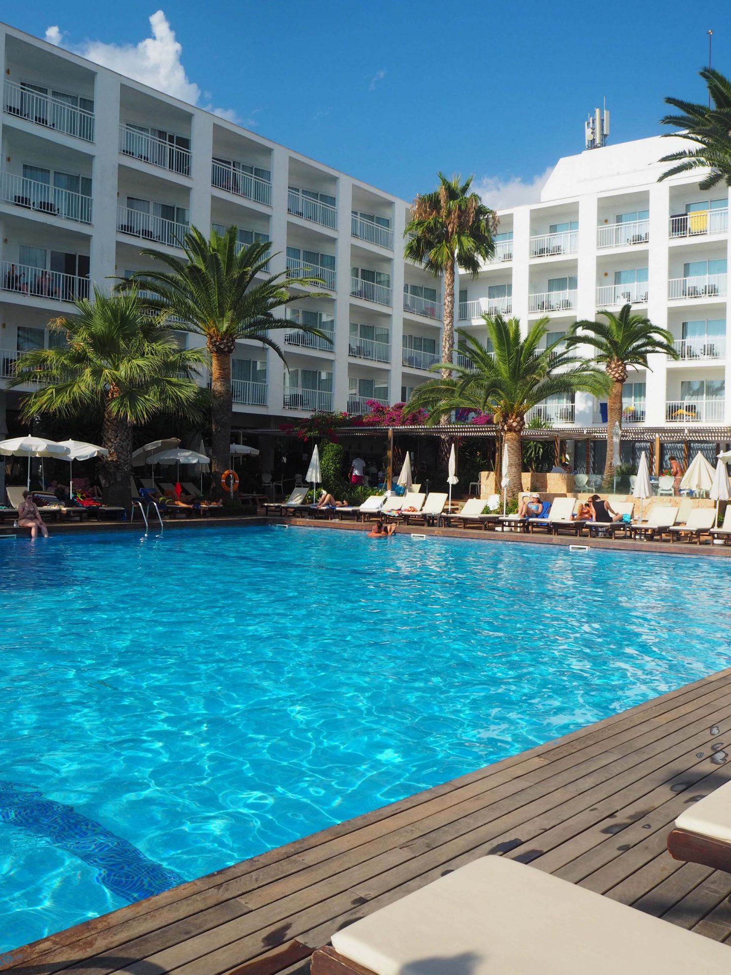 Ibiza with icelolly.com - Rachel Nicole UK Fashion Blogger 12