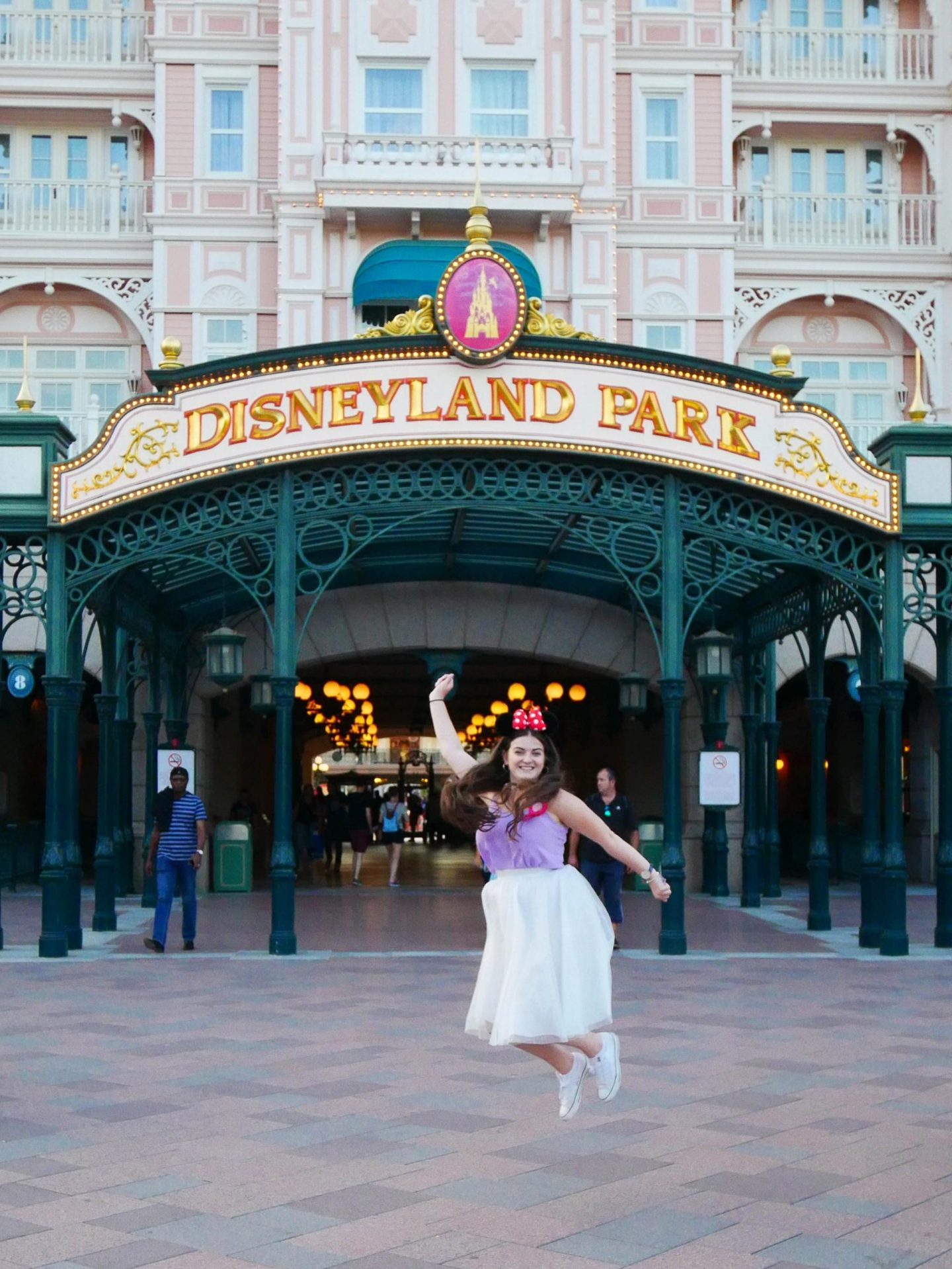 disneyland-paris-my-22nd-birthday-trip-rachel-nicole-uk-travel-disney-blogger-30