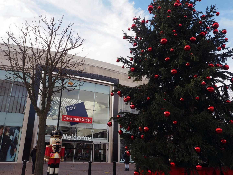 yorkshires-winter-wonderland-york-designer-outlet-rachel-nicole-uk-blogger
