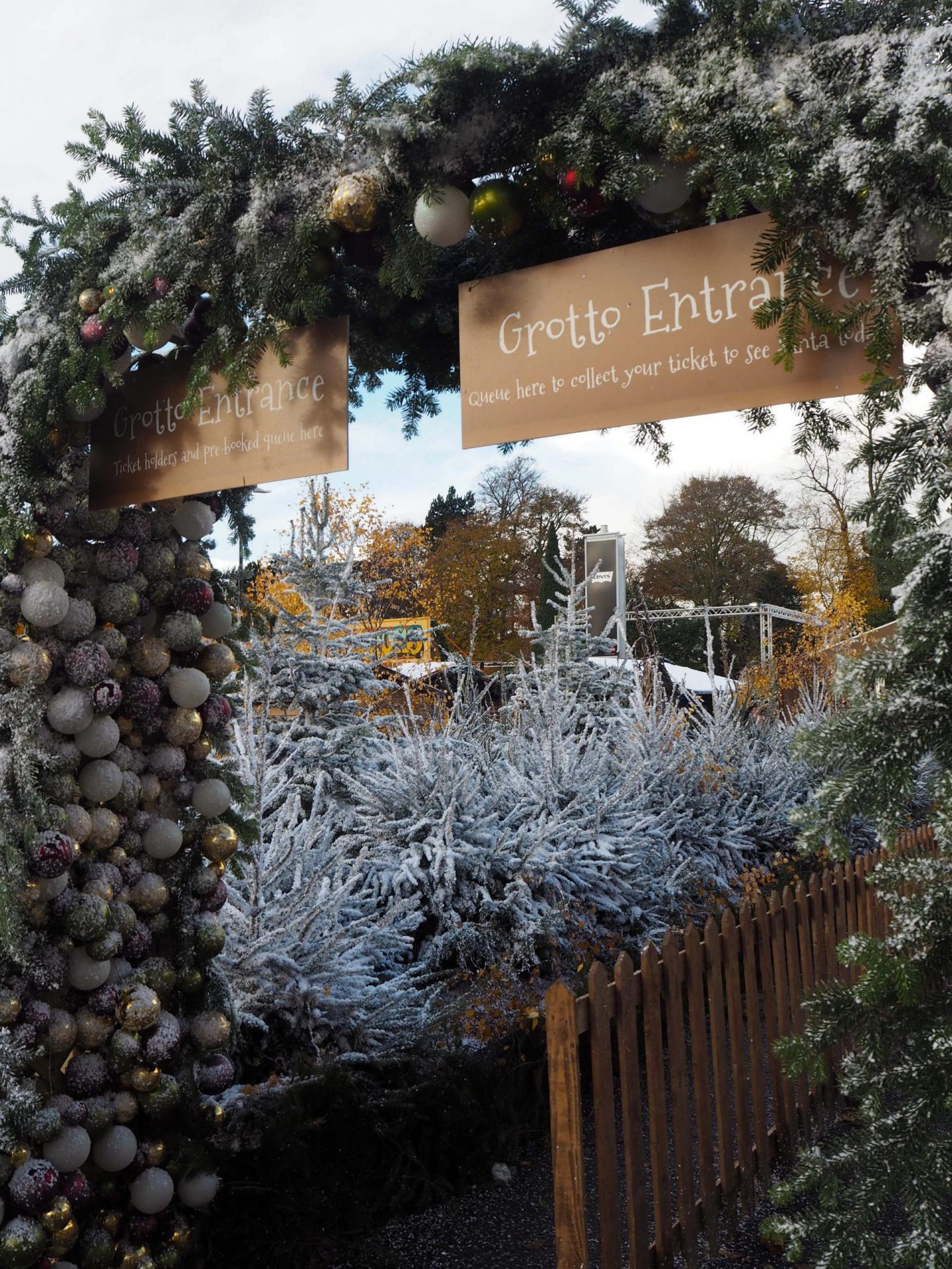 yorkshires-winter-wonderland-york-designer-outlet-rachel-nicole-uk-blogger-7