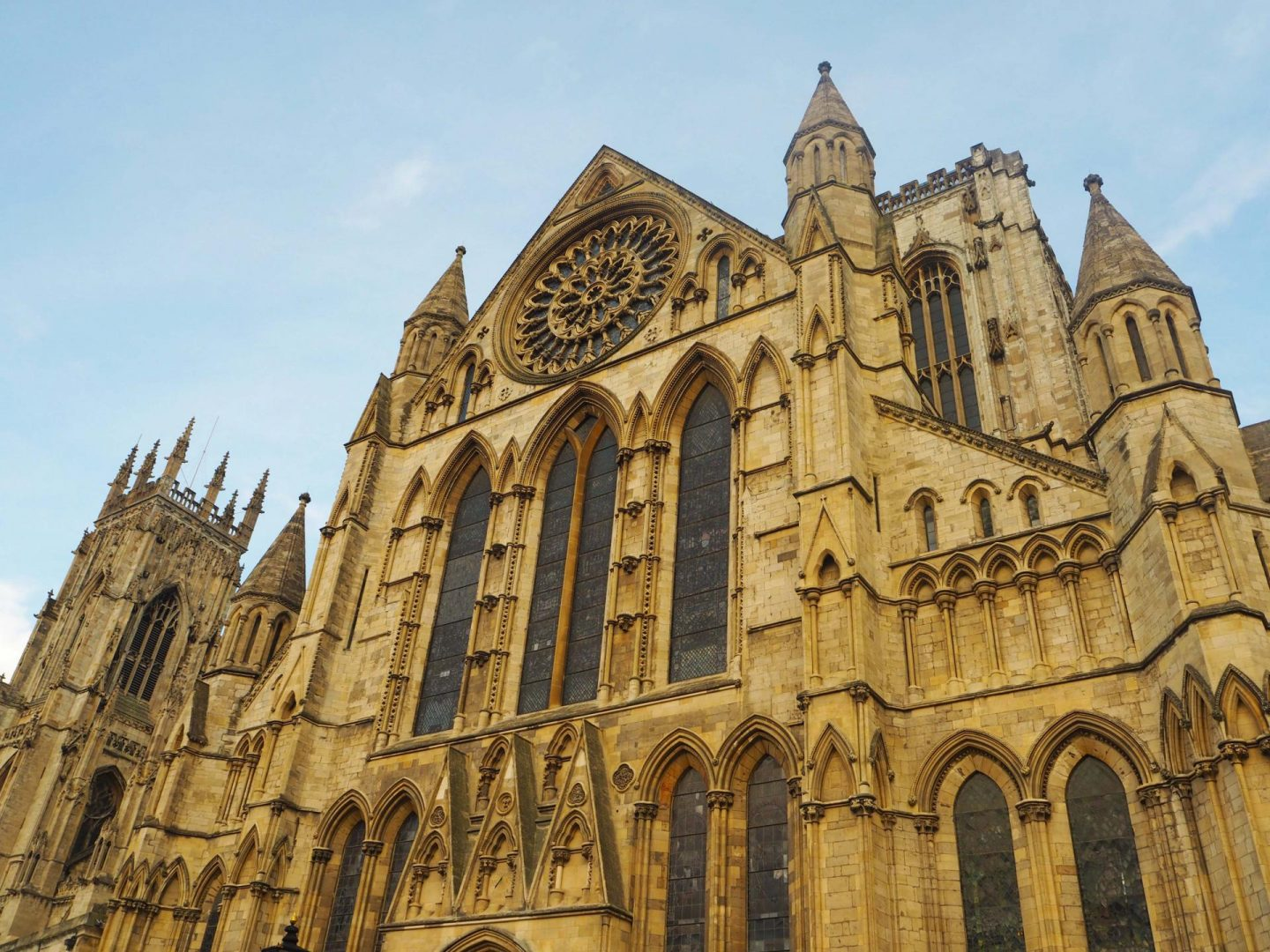 city-adventure-in-york-york-minster-rachel-nicole-uk-blogger