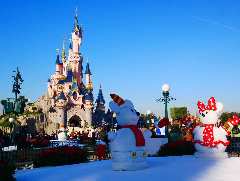 Disneyland Paris at Christmas - Rachel Nicole UK Blogger
