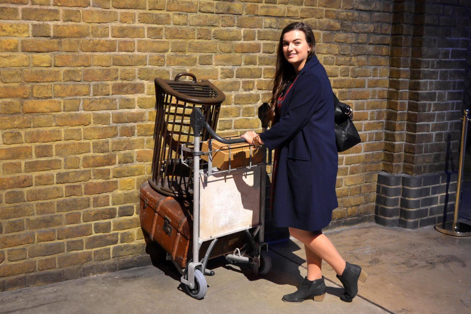 Visiting Famous Film & TV Locations around London - Rachel Nicole UK Blogger