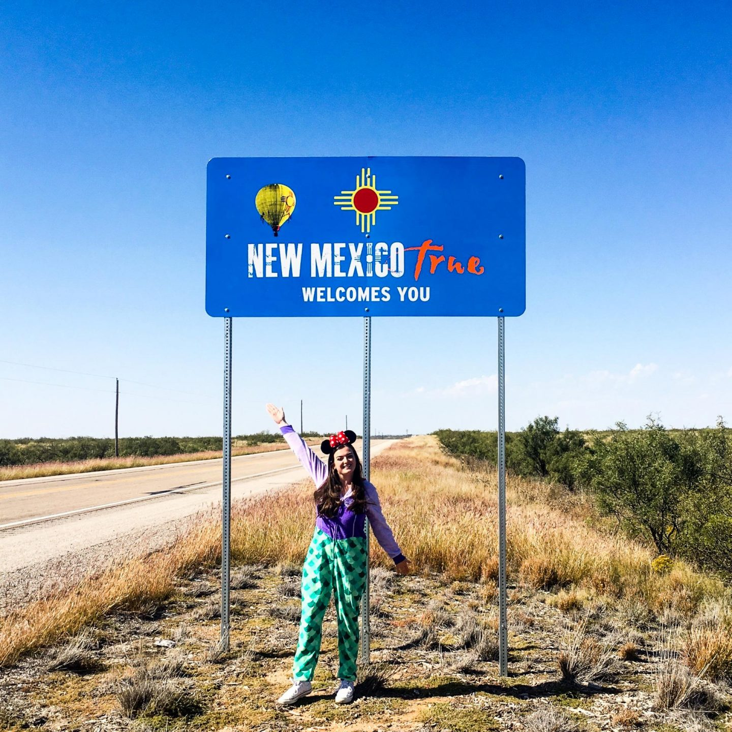 Halloween in Carlsbad Cavern, Roswell & Santa Fe - New Mexico State Line