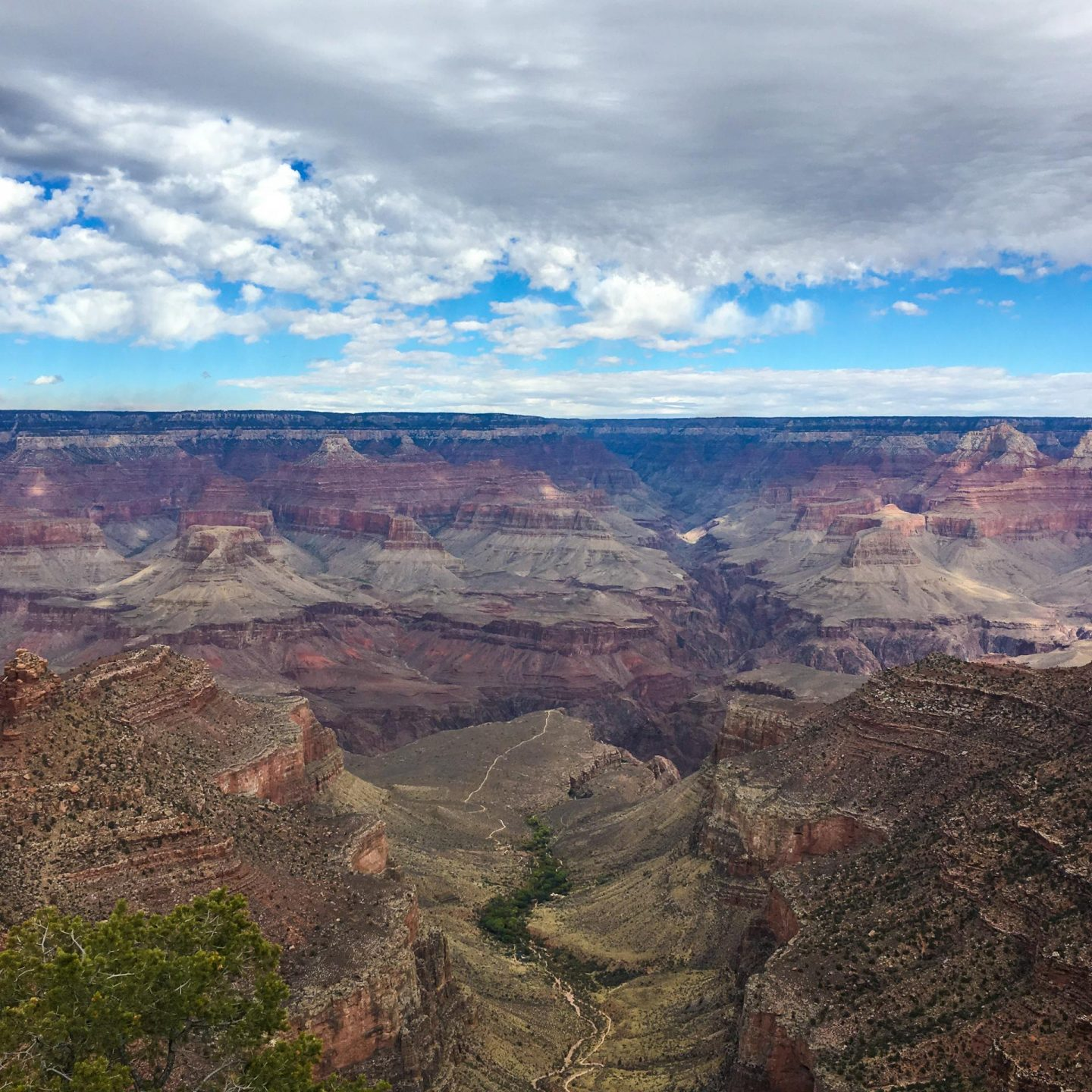 The Grand Canyon South Rim Trail - Rachel Nicole UK Travel Blogger