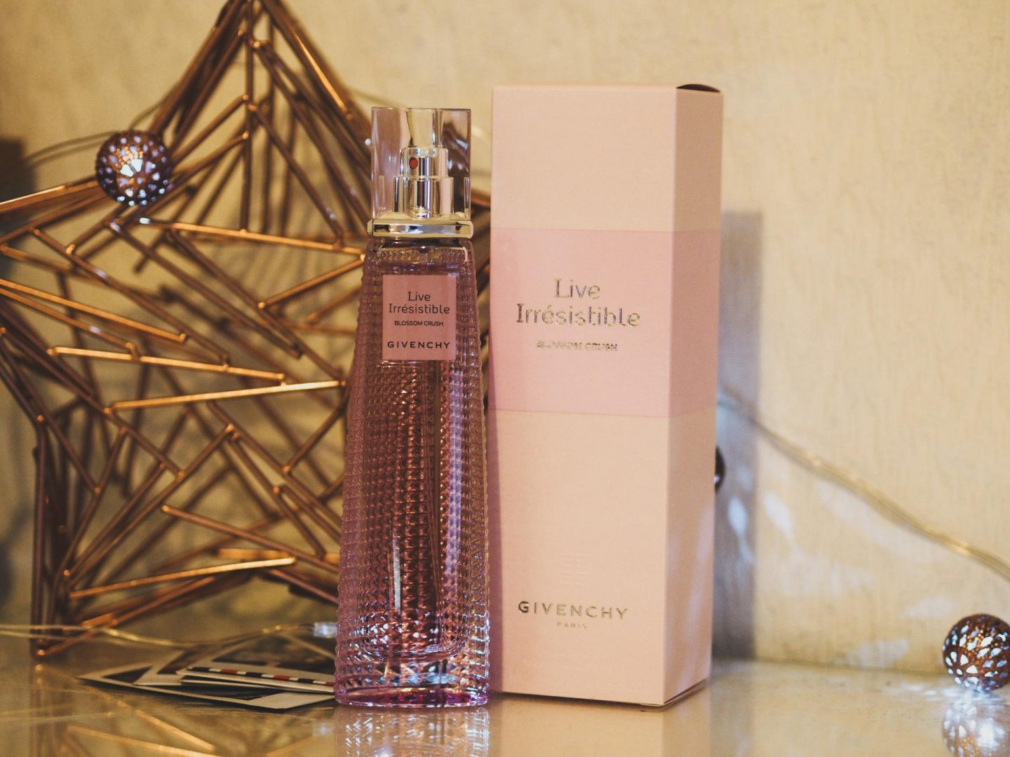 Win a Bottle of Givenchy Live Irresistible Perfume - 75ml - Rachel Nicole UK Blogger