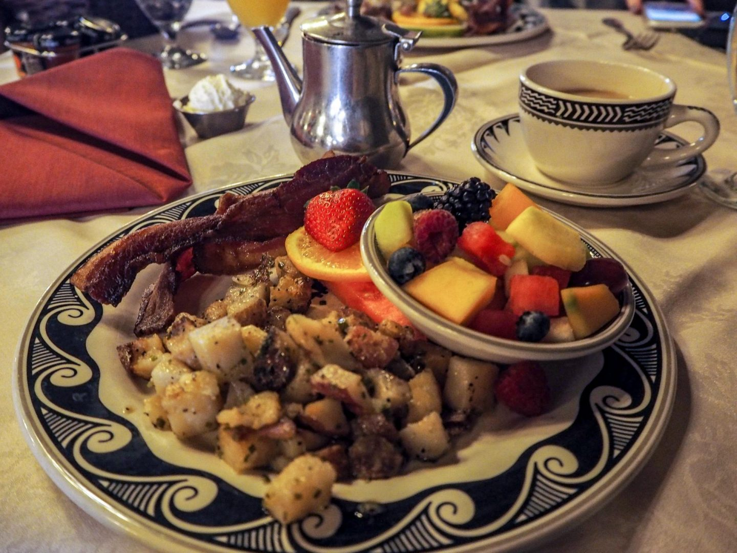 El Tovar Hotel Breakfast at The Grand Canyon - Rachel Nicole UK Travel Blogger