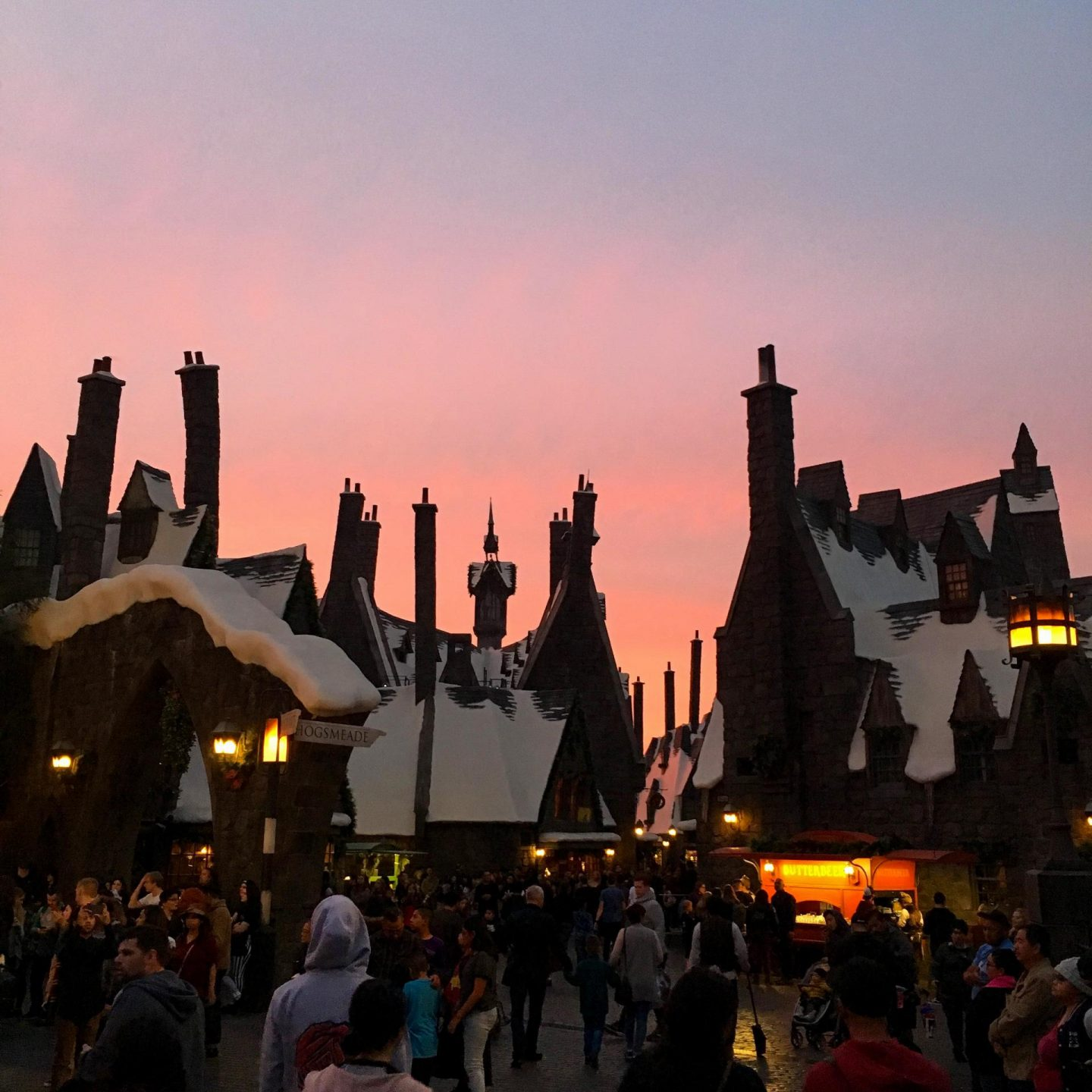 Sunset over Wizarding World of Harry Potter at Universal Studios, Hollywood with Attractiontix - Rachel Nicole UK Blogger