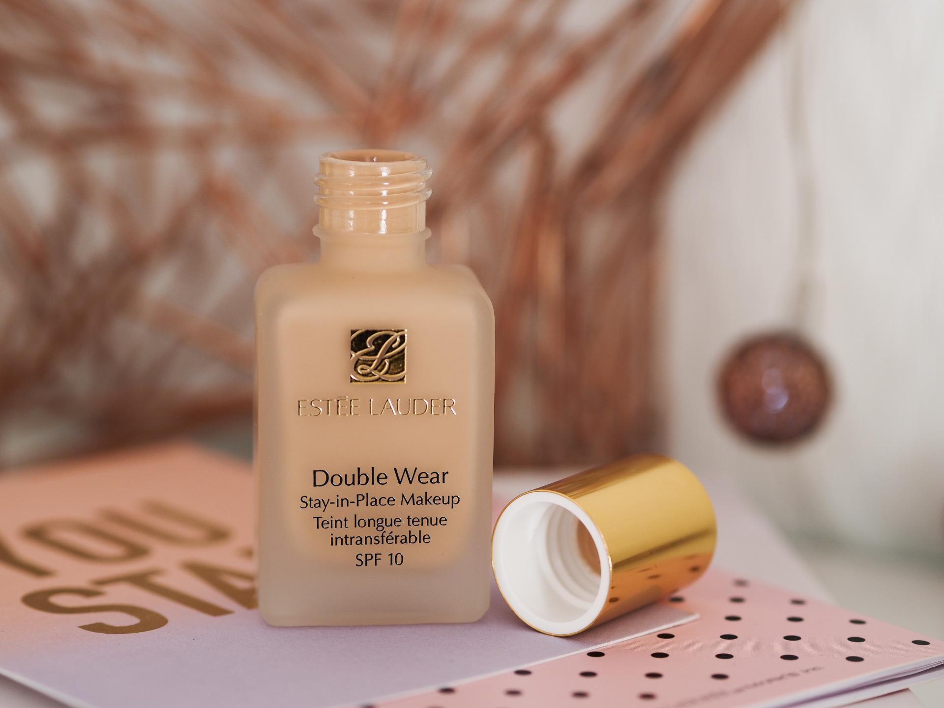 First Impressions on Estée Lauder Double Wear Foundation - Rachel Nicole UK Blogger