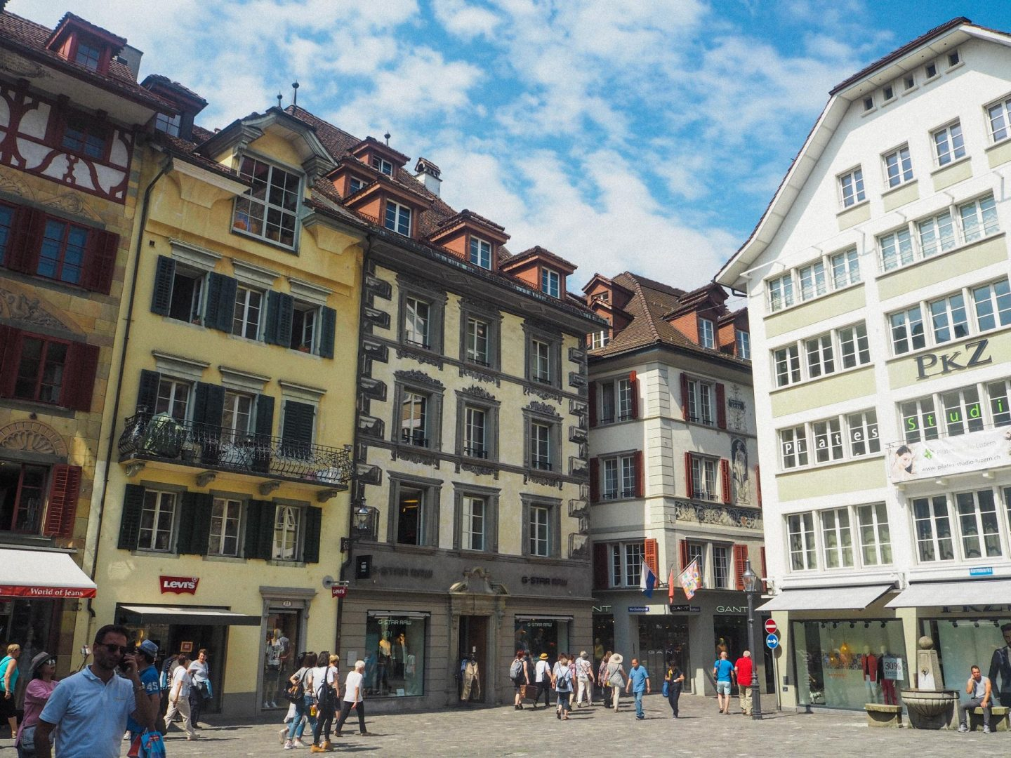 How to spend the day in Lucerne, Switzerland On a Budget - Lucerne Old Town - Rachel Nicole UK Blogger