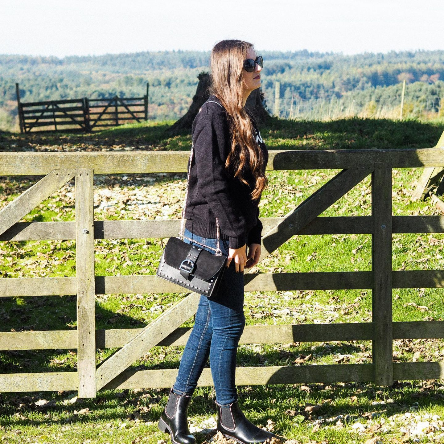 Cosy Jumpers & Studded Boots - Rachel Nicole Fashion Blogger