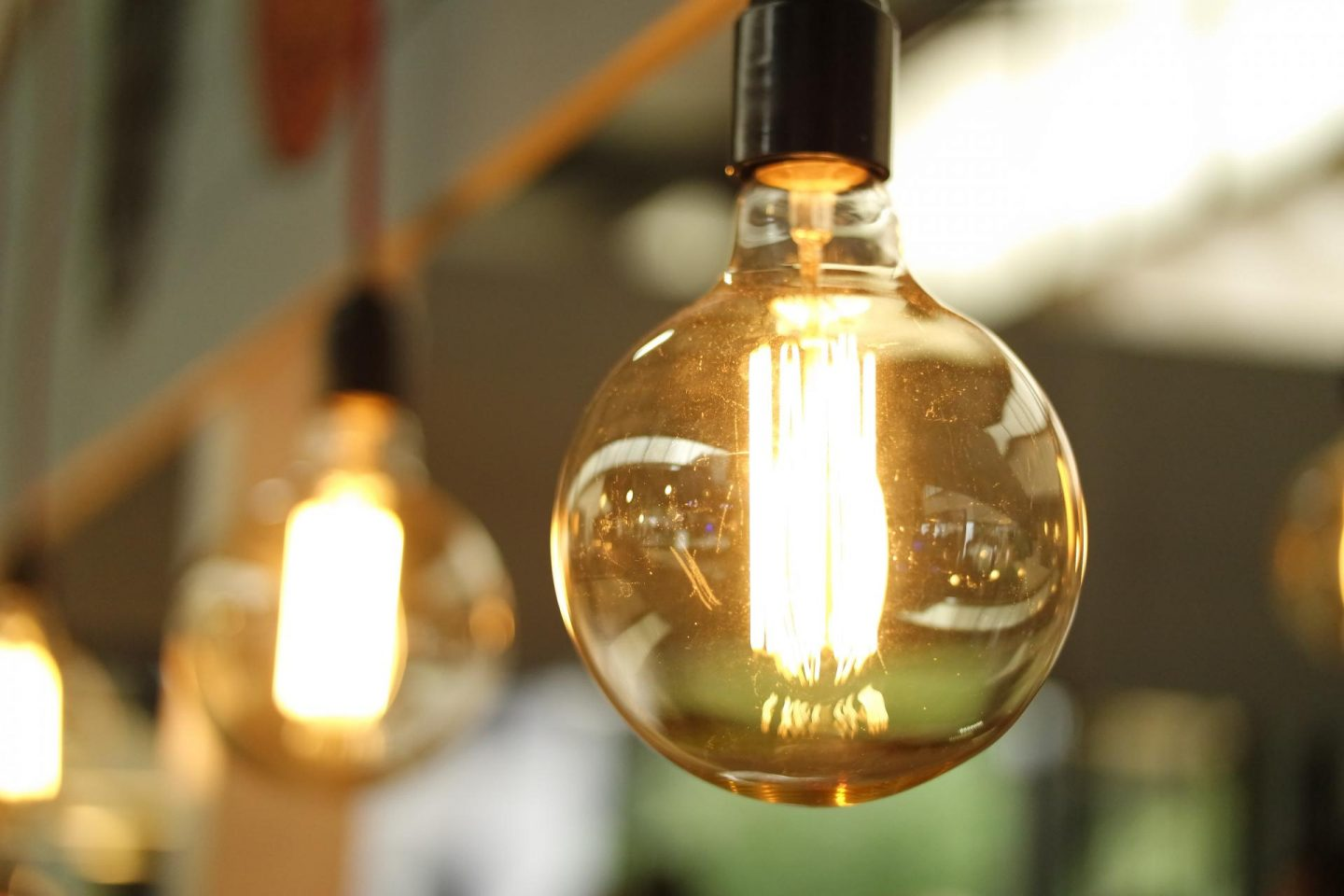 5 Ways to Save Energy and Help the Environment- Rachel Nicole UK Blogger