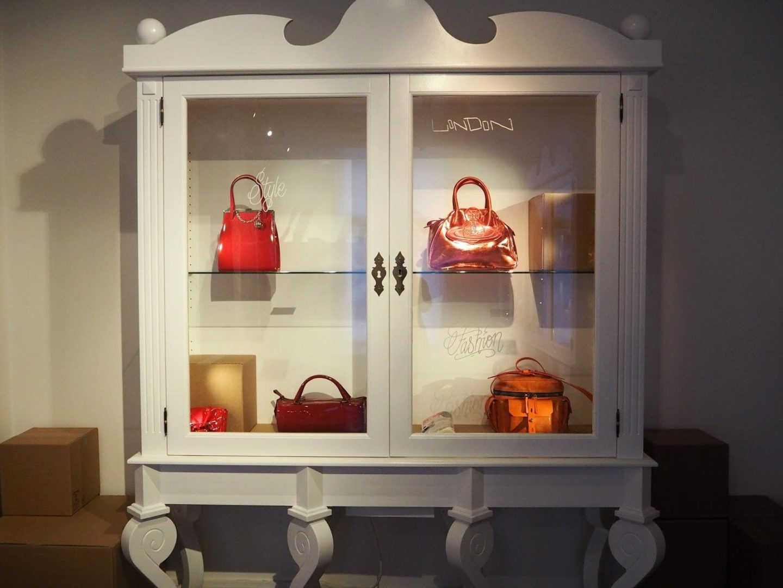 The ULTIMATE Guide to Visiting Amsterdam, Handbag & Purse Museum - Rachel Nicole UK Blogger
