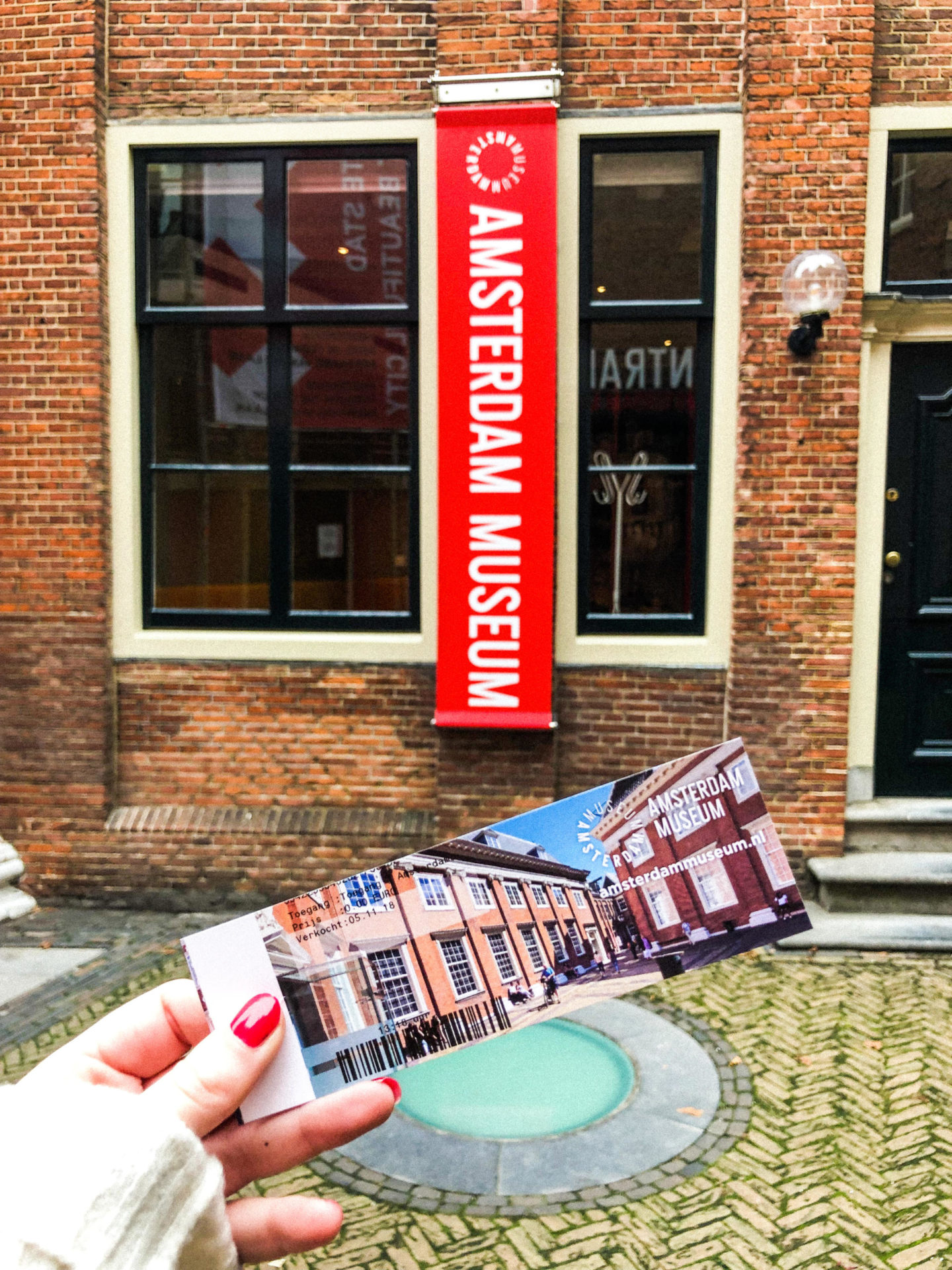 The ULTIMATE Guide to Visiting Amsterdam, Amsterdam Museum - Rachel Nicole UK Blogger