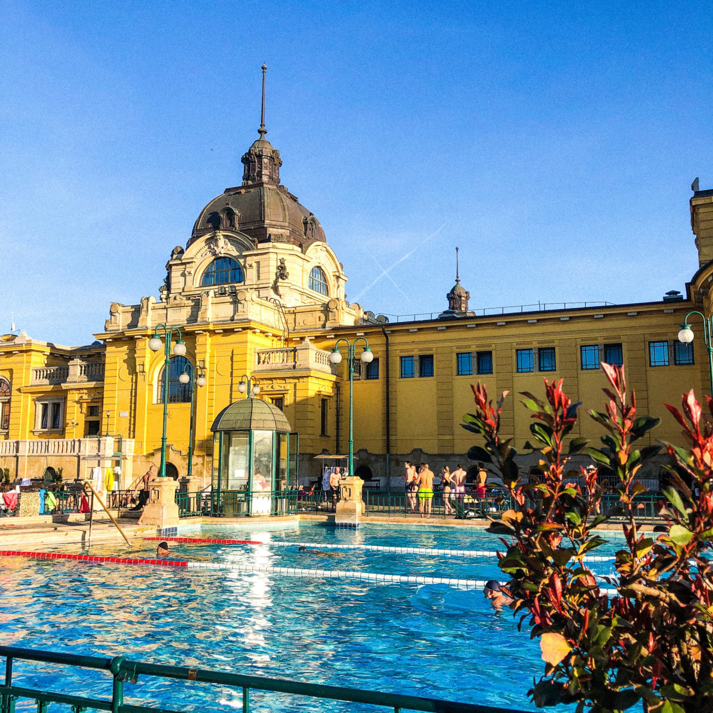Four Days in Budapest, Széchenyi Thermal Bath - Rachel Nicole UK Blogger