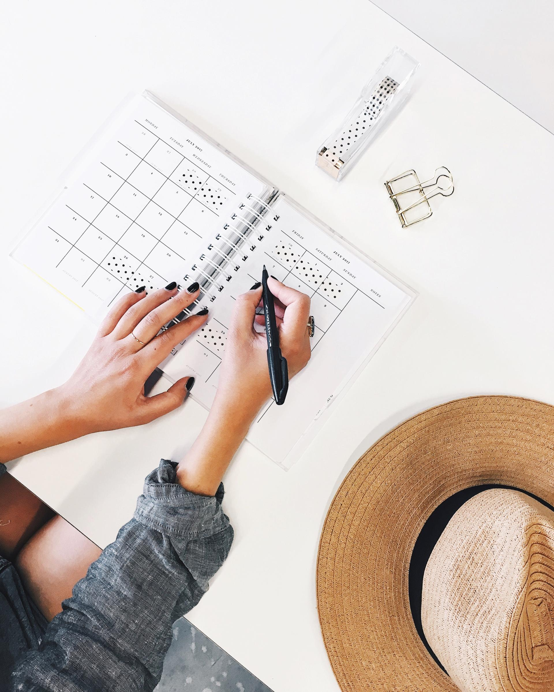 How to be Organised and Productive Outside of Work - Rachel Nicole UK Blogger
