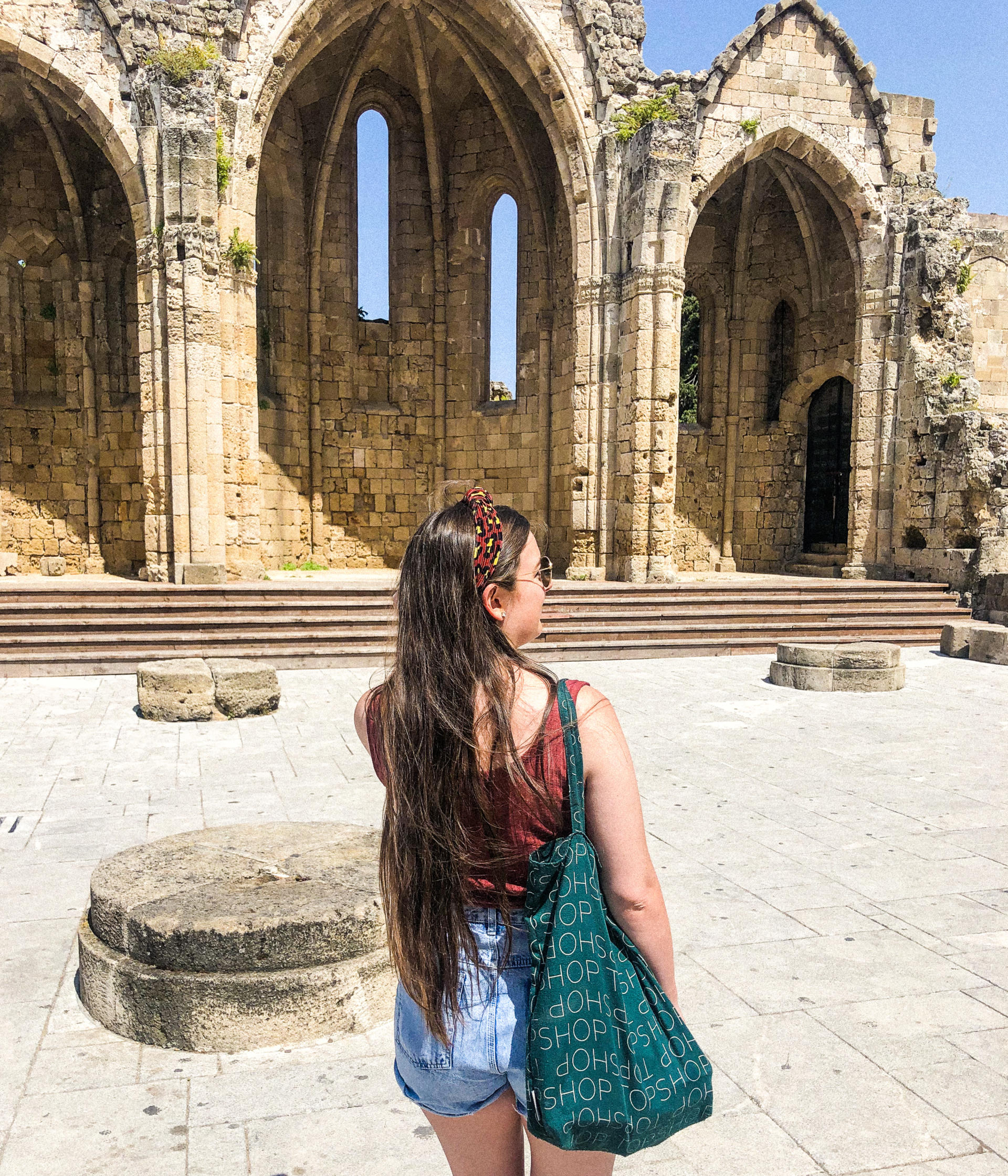 How to Maintain Healthy Hair When Travelling - Rachel Nicole UK Blogger